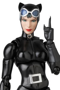 MedicomToy MAFEX No.123 CATWOMAN (HUSH Ver.) Action Figure